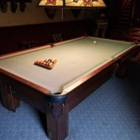 Brunswick Pool Table in Great Conditions For Sale
