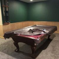 Brunswick Contender like new 8ft Pool Table.