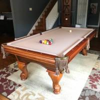 Luxury Pool Table Set